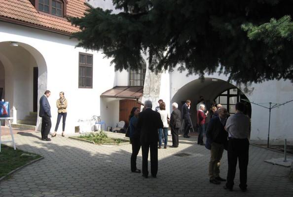 konferencja o Romach