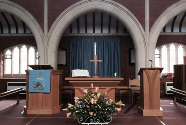 wnętrze kościoła metodystycznego w Cambridge