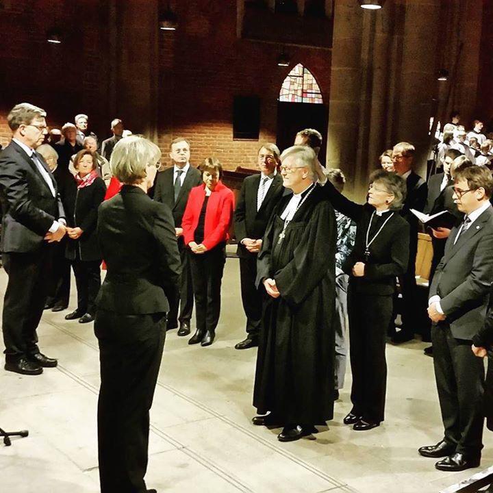 Błogosławieństwo dla nowego prezesa Rady EKD, ks. bp Heinricha Bedforda-Strohma
