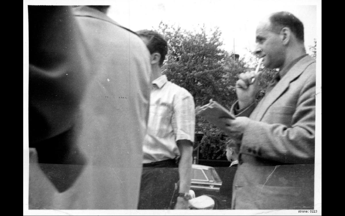 Józef Prower (pierwszy z prawej)