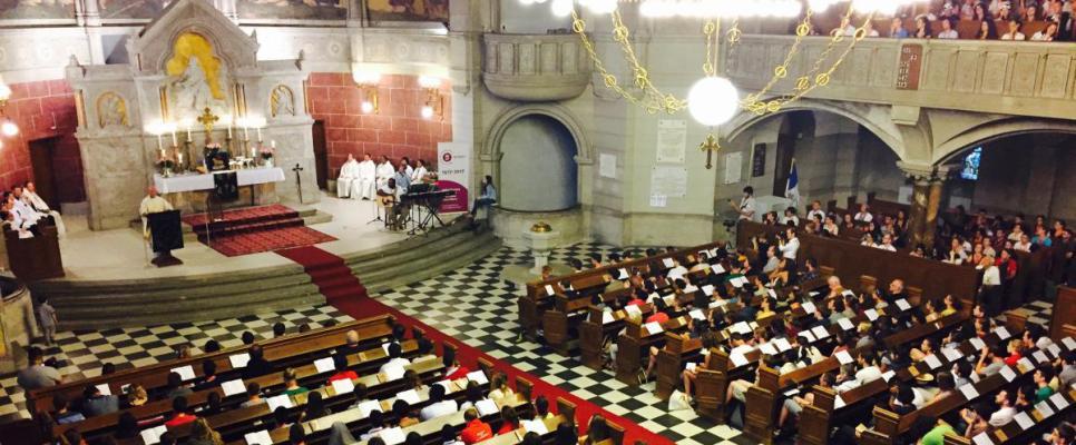 ŚDM w Łodzi - nabożeństwo anglikańskie w luterańskim kościele św. Mateusza