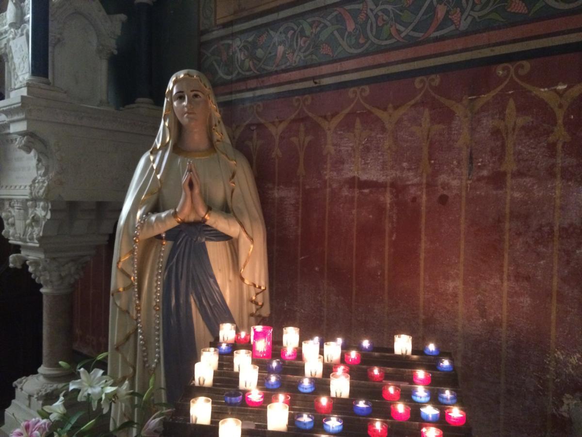 figura Matki Bożej z Francji