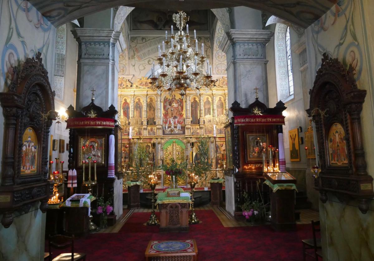 wnętrze lubelskiej katedry prawosławnej Przemienienia Pańskiego