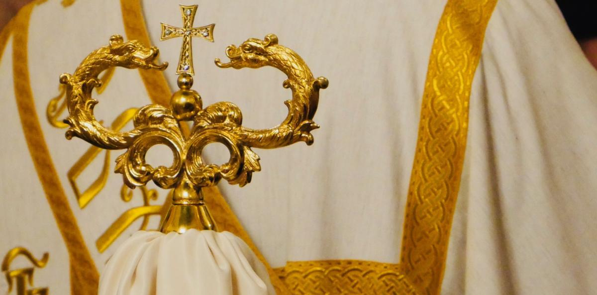 żezł - pastorał biskupa