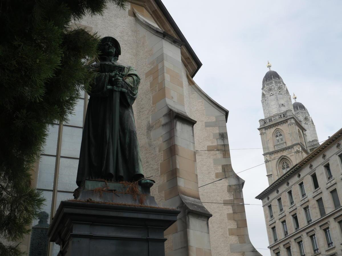 pomnik Zwingliego w Zurychu