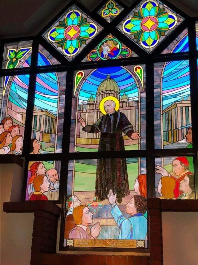 witraż z kościoła pallotynów w Kutnie