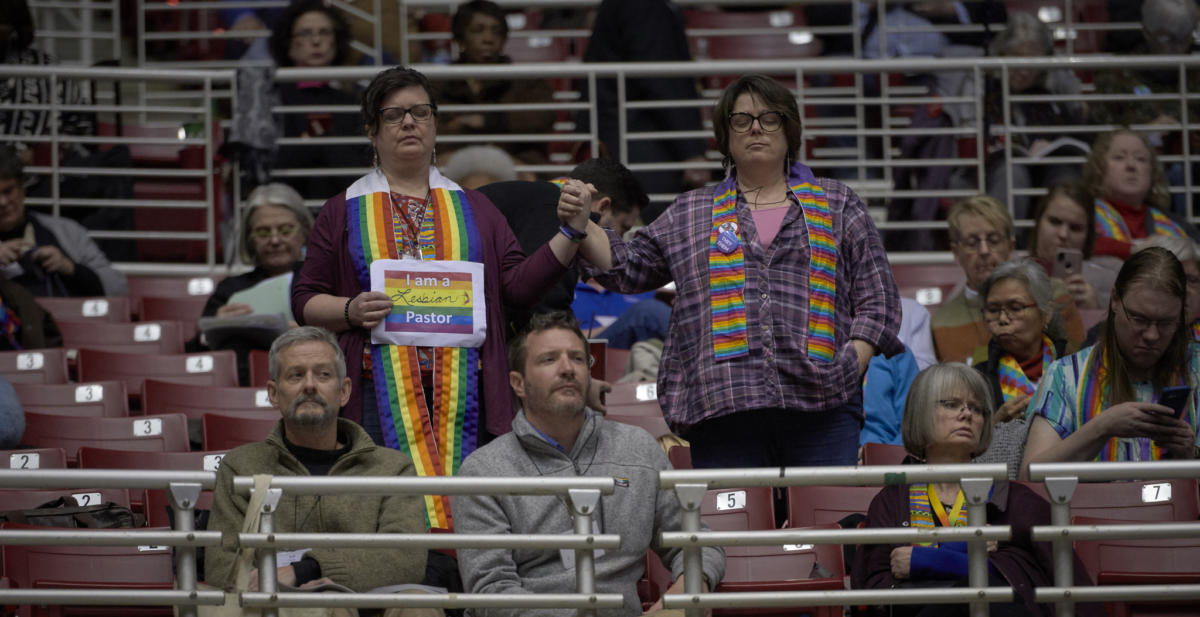 Spectators observe a discussion of church policies on sexuality during the 2019 United Methodist General Conference in St. Louis. Photo by Paul Jeffrey, UMNS.