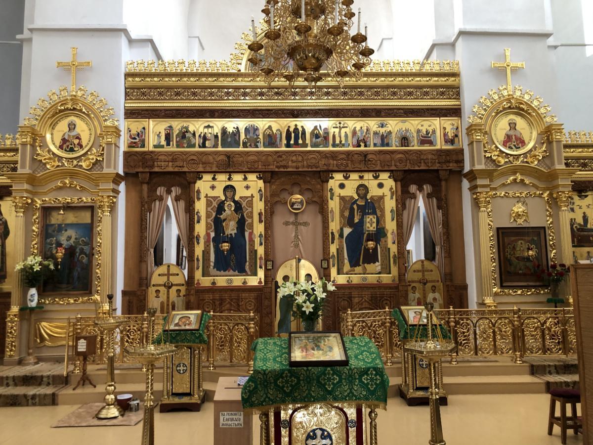 cerkiew w Monasterze Zaśnięcia NMP w Czernihowie