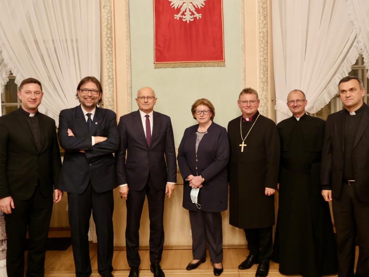 uczestnicy debaty z komitetem organizacyjnym Ekumeniczny Lublin 2020