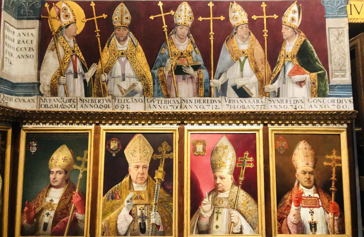 freski i portrety biskupów w katedrze Toledo